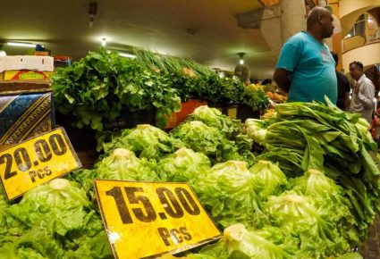 Shopping in Port Louis Mauritius - Central Market